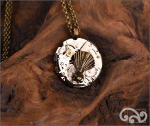 Steampunk mixed metal fantail pendant