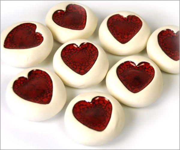 Ceramic heart pebbles